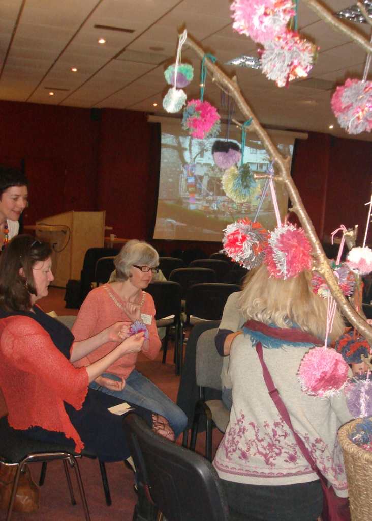 pom pom making classes